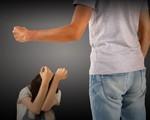 「夫婦間のモラハラ、経験したことがある」が5割。 モラハラ加害者の特徴は『「外面」がよく「良い旦那さん(奥さん)ですね」と言われる人』!?
