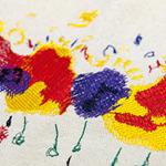 刺繍は専門デザイナーによってアート性豊かにリデザイン。最大15色使うことが可能